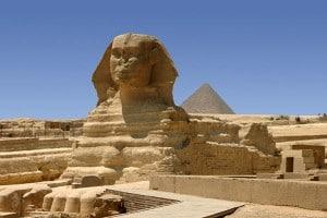 sfinksen pyramide giza egypt 300x200 Det uendelige lange året med Morsi som President. Egypts politiske situasjon