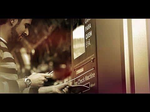 Interessant reklameidé – Billboard Fan Check Machine